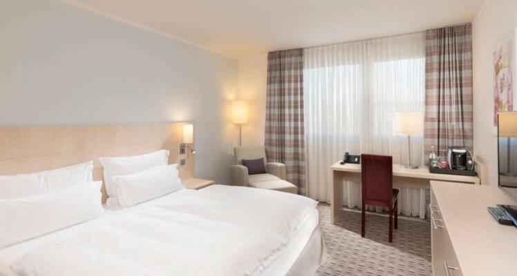 Room11 (1)
